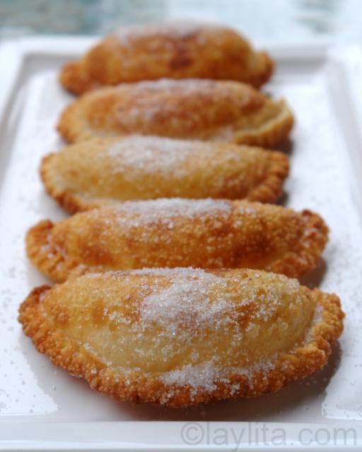 How-to-make_empanadas-de-viento-or-fried-cheese-empanadas.jpg?fit=512 ...