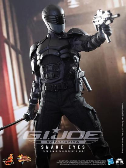 hot-toys-snake-eyes-collectible