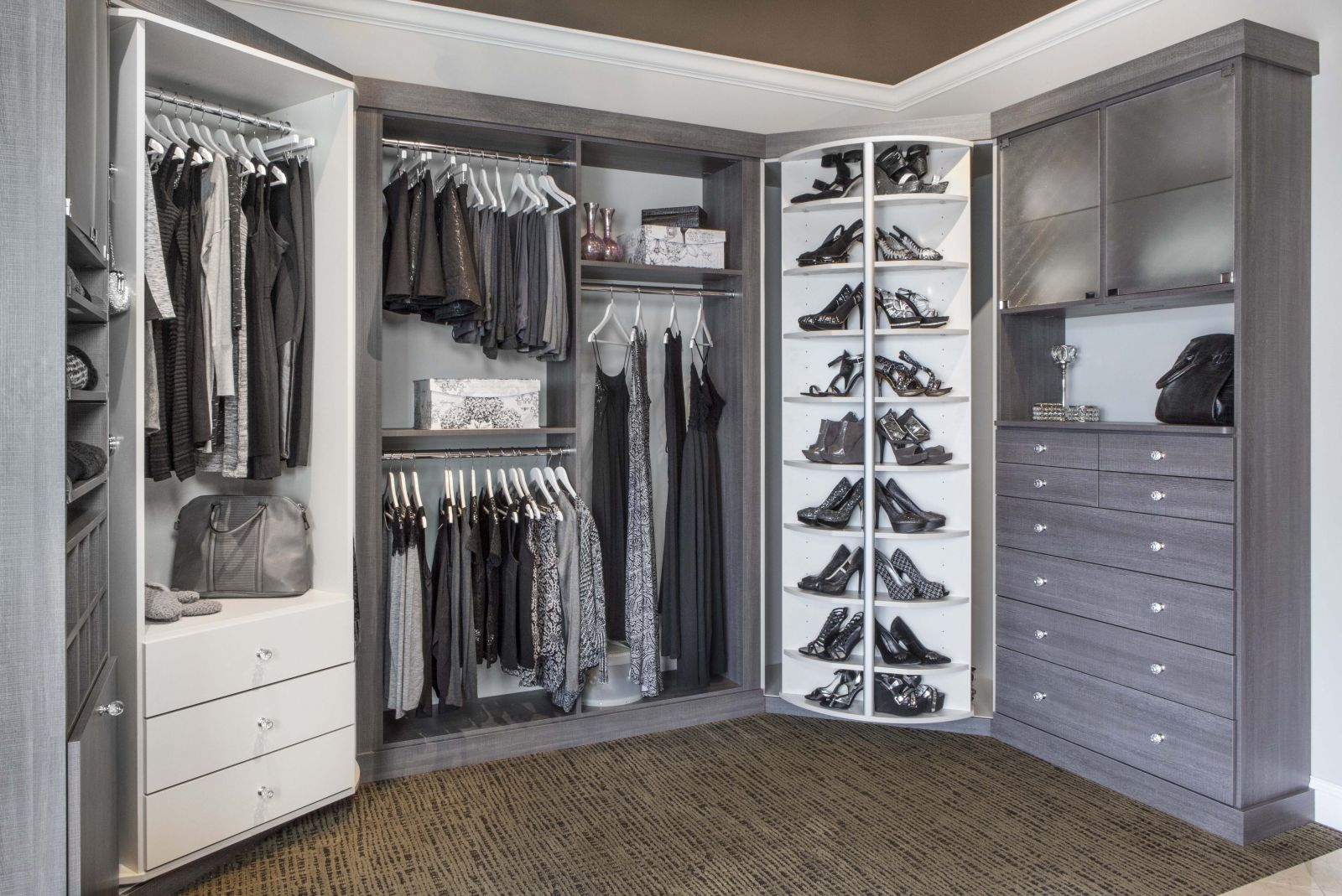 Informal Rotating Closet With Touchpad Home Decor