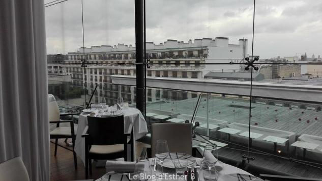 Vue restaurant maison blanche