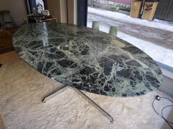 Antiquit s dans la galerie luce le buzz de rouen - Table marbre roche bobois ...