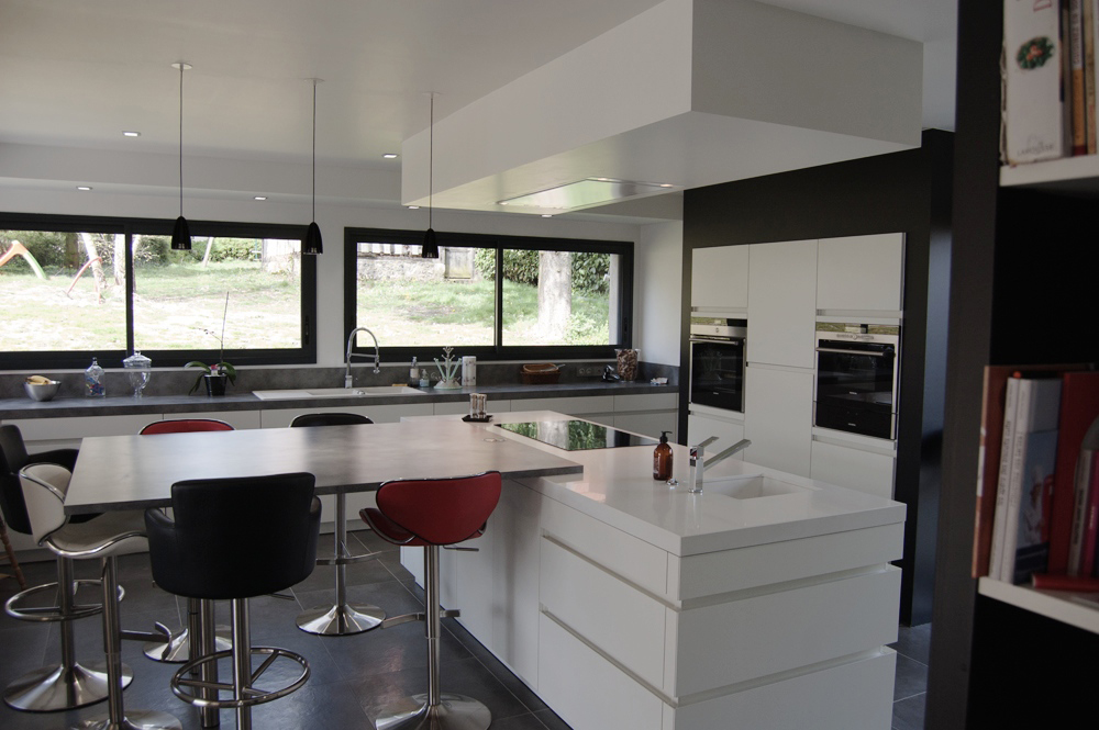 Inspiration design oikos cuisines le buzz de rouen for Inspiration cuisine design