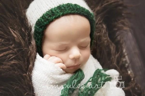 Newborn Baby Bonnet Knitting Pattern