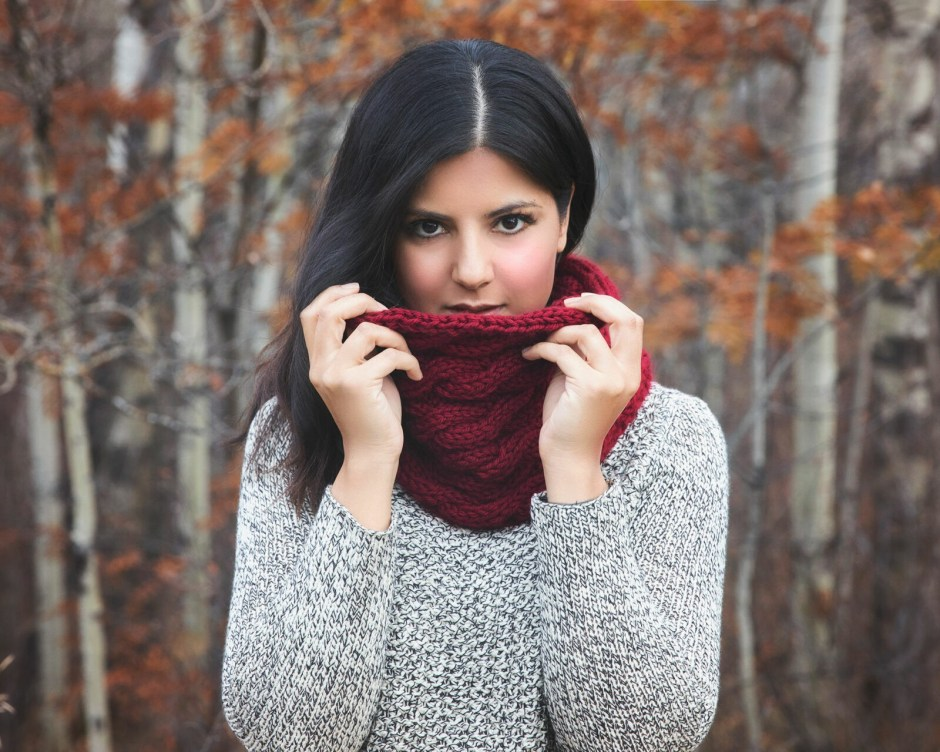 Chunky Cabled Cowl Free Knitting Pattern Leelee