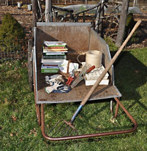 Holiday-gifts-in-garden-cart