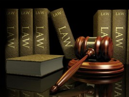 What is the difference between civil and criminal law?