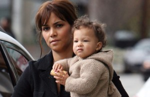 Photos : Halle Berry et Nahla en ballade à Los Angeles