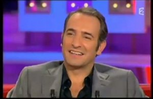 Jean Dujardin moments gris anthracite