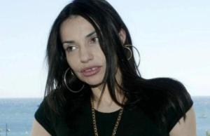 Beatrice Dalle fachee avec Gwenael Meziani