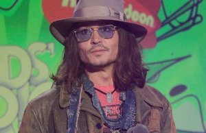 Sans Vanessa Paradis Johnny Depp au fond du trou
