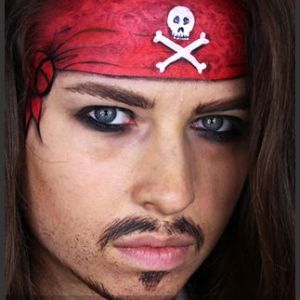 Face-painting-pirate-design