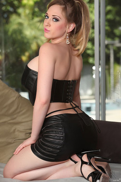 kagney linn karter weight gain