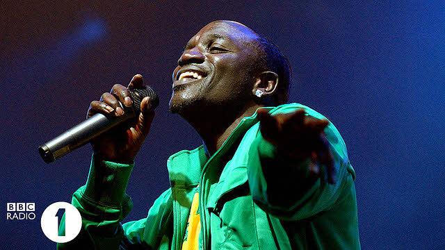 Akon poursuit son projet d'électrification de zones rurales en Afrique