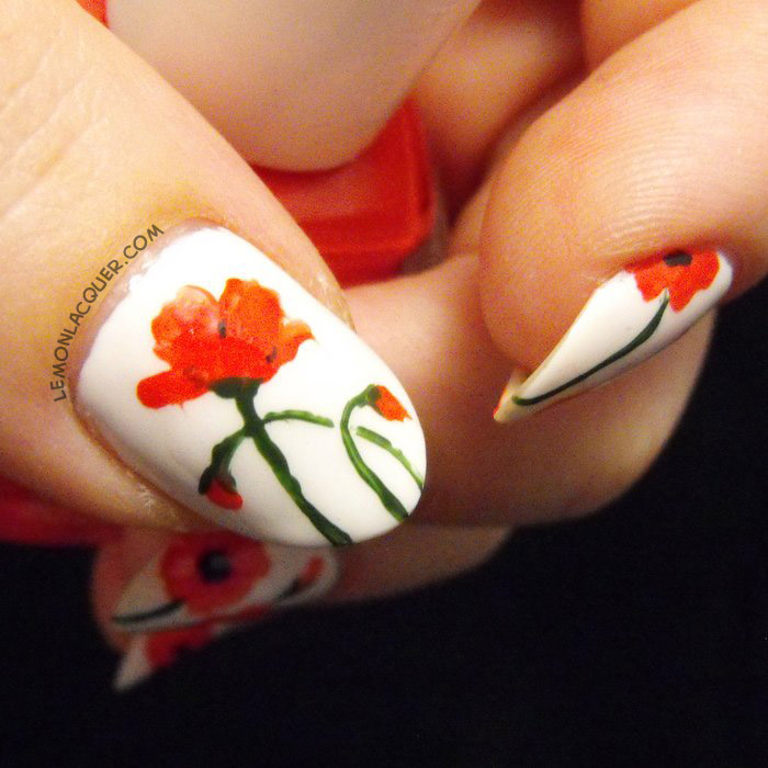 Rememberance Day poppies nail art