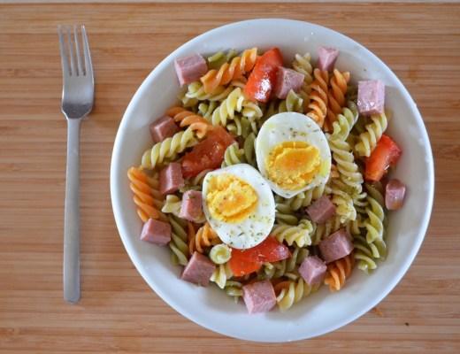 pasta con pavo y huevo
