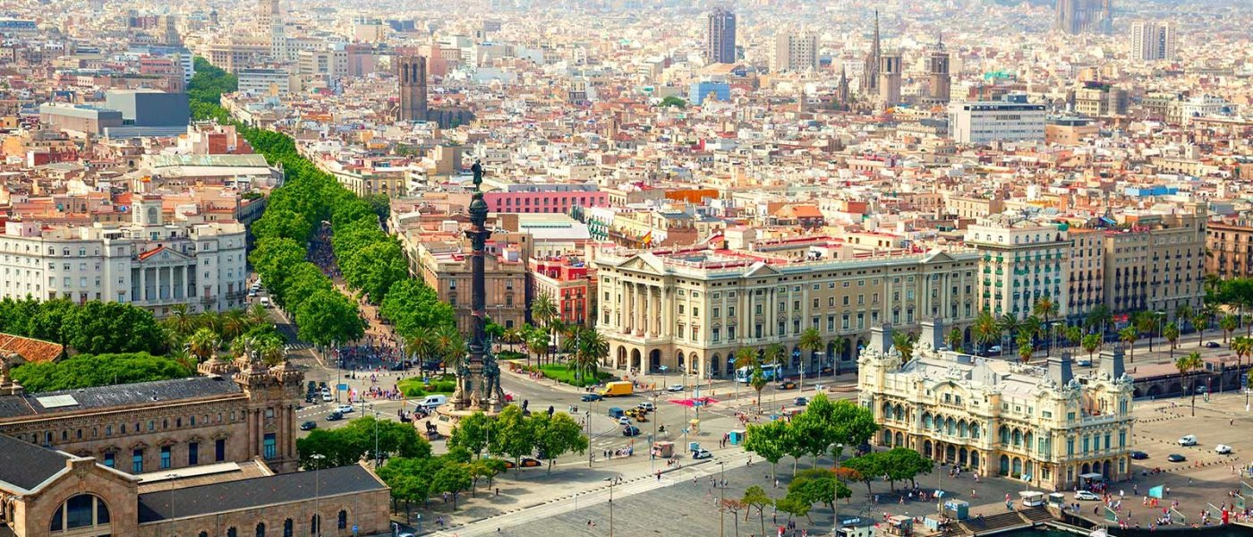 barcelona-spain-waterfront-SPDEAL1016