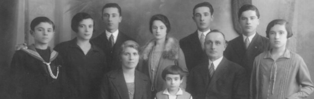 cropped-cropped-Famiglia1.jpg