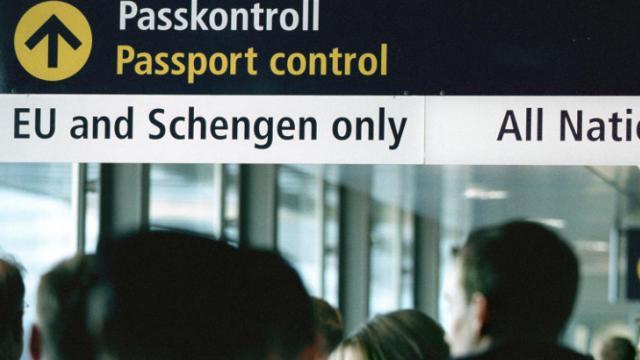 Vers une autorisation préalable pour les voyageurs exemptés de visa — UE