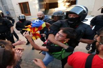 Référendum catalan: des milliers de manifestants à Barcelone (VIDEO)