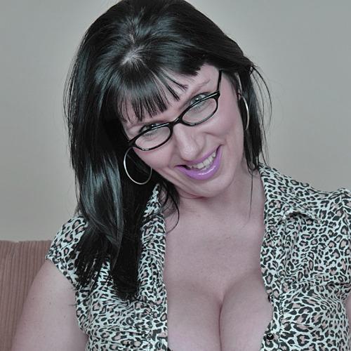 Tara à lunettes