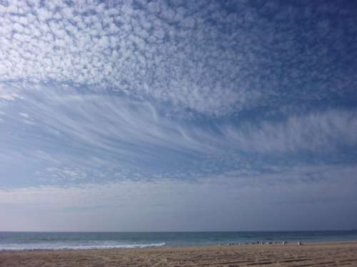 Nuages manhattan beach los angeles