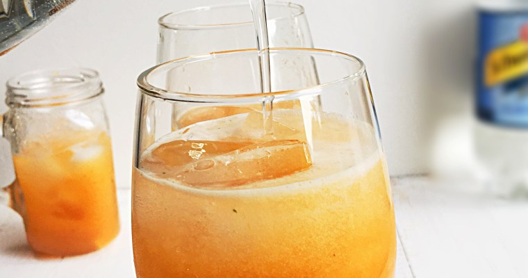 Cantaloupe Fizz with Ginger and Mint