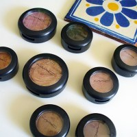 My Small Mac Eyeshadow Collection