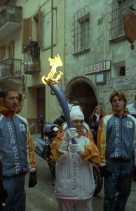 Morena in versione tedoforo alle Olimpiadi Invernali di Torino
