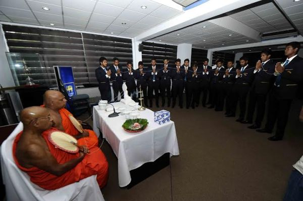 Visiting Sri Lankan team has blessings from Buddhist monks
