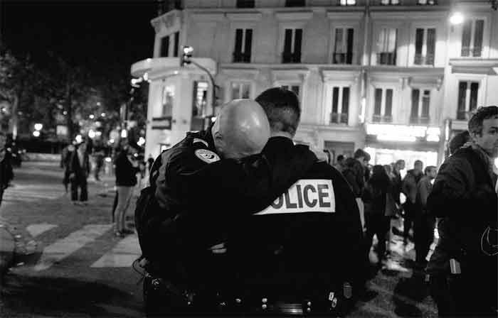 poliziotto-morto.