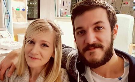 Charlie, i genitori rinunciano alla battaglia legale per curarlo negli Usa