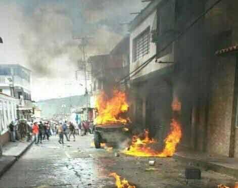 Venezuela, scontri in tutto il paese dopo il voto: Maduro, nuova dittatura?