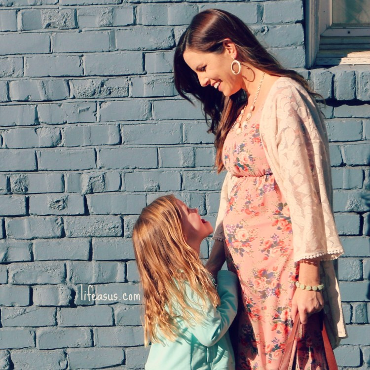 Maternity Fashion Advice & Giveaway from lifeasus.com! // PinkBlush Maternity #lifeasus #pinkblushmaternity #maternitystyle #maternityfashion #maternityclothes #bumpstyle