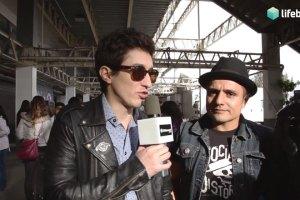 División Minúscula en entrevista para LifeBoxset.com durante el Vive Latino 2013.
