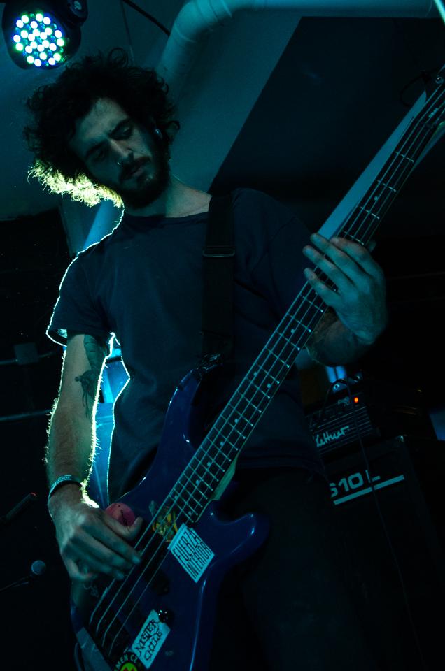 Apocalipsis tocó la mayoría de las canciones que forman parte de su debut / Foto: Vinicio Montero