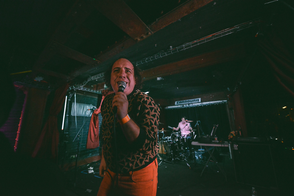 Har Mar Superstar.