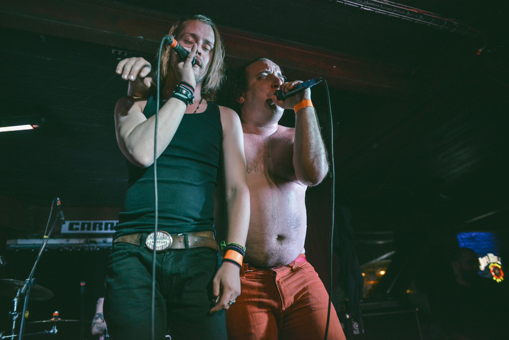 Har Mar Superstar y Macaulay Culkin.