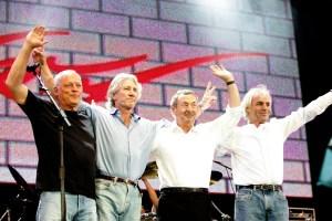 Pink Floyd al terminar su histórico concierto en el marco de 'Live 8', en 2005.