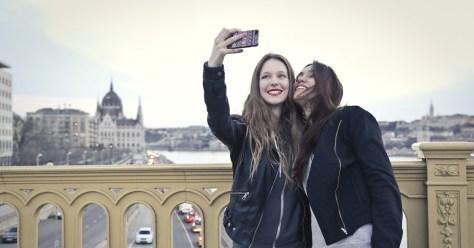 personas-instagram-selfie-GeometriCam