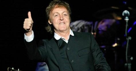 Paul McCartney ofrece concierto sorpresa solo para 300 personas
