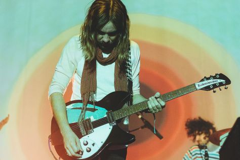 By Abby Gillardi - Tame_Impala-3690, CC BY 2.0, https://commons.wikimedia.org/w/index.php?curid=41270966