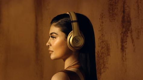 Kylie Jenner x Beats x Balmain