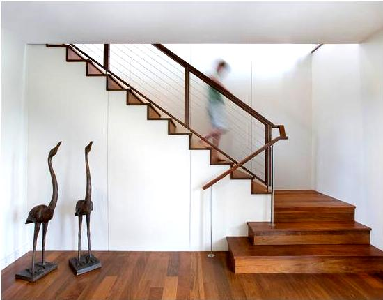 Creative wooden staircase designs for homes life chilli for Home stair design ideas