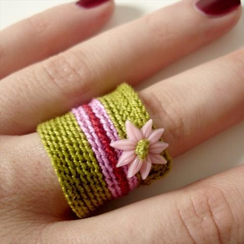 Free Crochet Ring Jewelry Patterns : Crochet Ring Patterns And Ideas For Beginners - Life Chilli