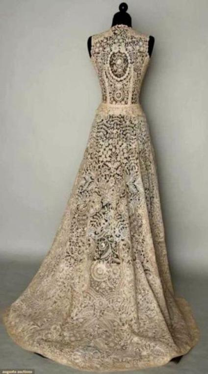 crochet-wedding-gowns