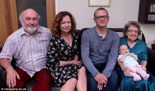 Birth of Newborn Baby Girl Means Family Have Five Generations Alive - 5 generations