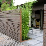Wall-type fence