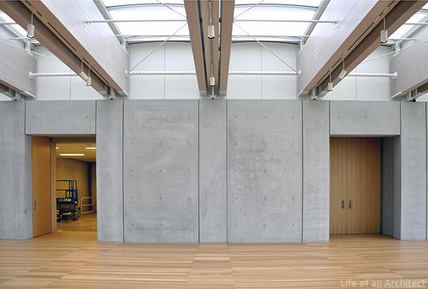 Renzo Piano Kimbell Museum Lobby 01