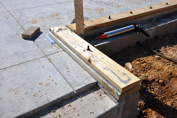 Bottom Plate To Slab : Building with structural insulated panels or sips