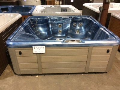 Pre-Owned Hot Tubs - Lifestyles Hot Tubs